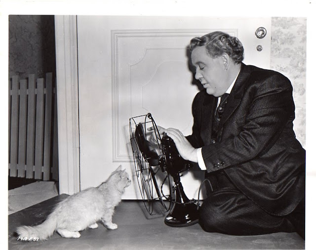 Charles Laughton and a cat