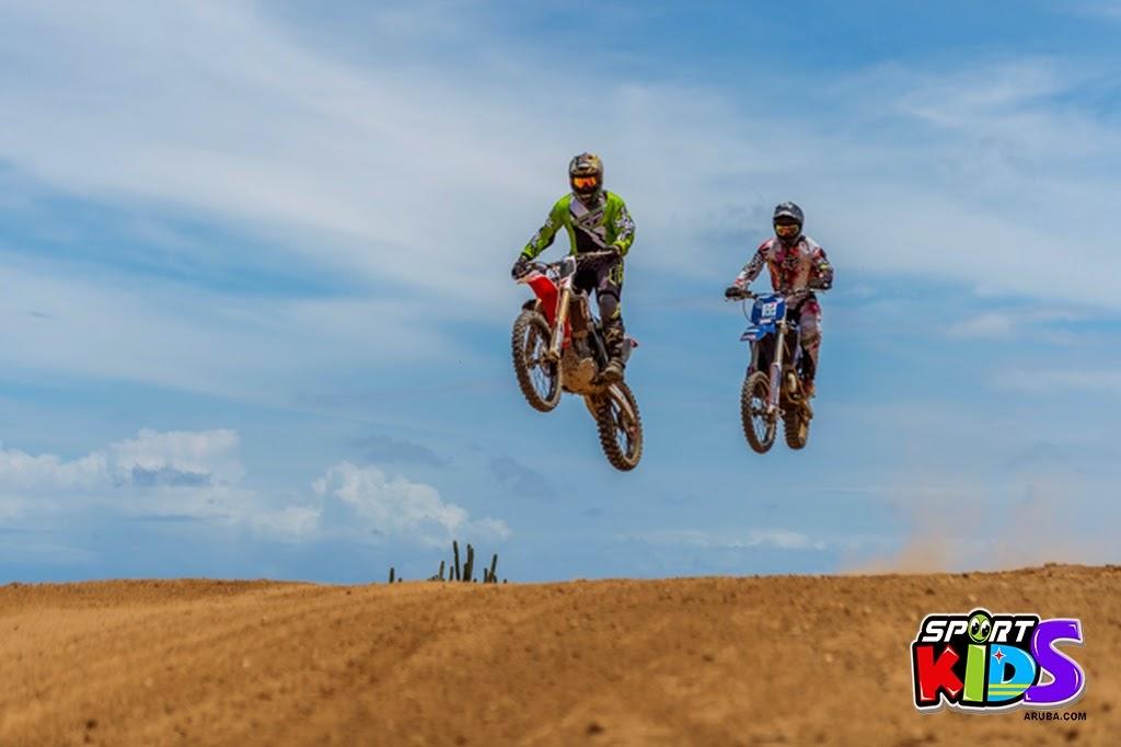 extreme motorcross Aruba - moto%2Bcross%2BGrape%2Bfiled%2BApril%2B2015-34.jpg