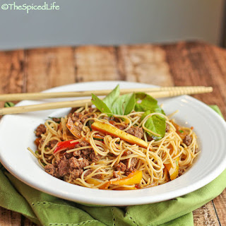 Thai Stir Fried Vermicelli with Ground Beef, Pepper and Basil; Review of Thailand the Cookbook.