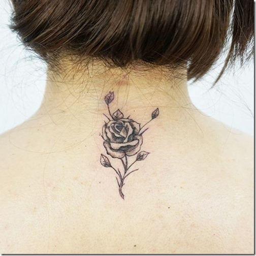 tatuaje_de_rosa_delicada