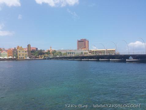 Il ponte  mobile di Willemstad - Curaçao