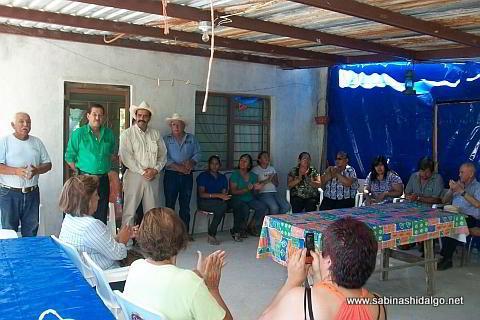 Visita del alcalde a la comunidad de La Piedra