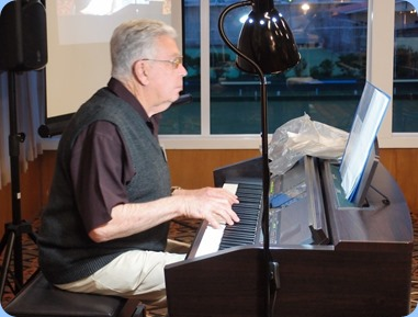 Jim Nicholson played the Yamaha Clavinova CVP-509 for us. Photo courtesy of Dennis Lyons.