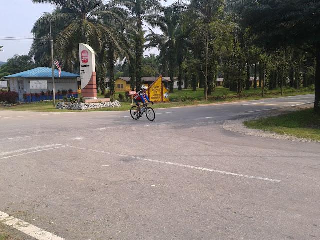 Ride to Gunung Pulai 2011-09-24%25252010.14.12