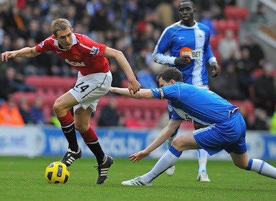 darren Fletcher Man Utd, Gary Caldwel Wigan Athletic