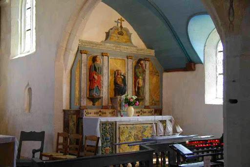 Intérieur de la chapelle St They