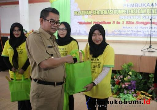 325 Pencari Kerja Dapatkan Pelatihan, Sertifikasi, Hingga Penempatan Kerja di Sukabumi