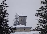 2004 - veduta torre castello dal piazzale della chiesa parrocchiale