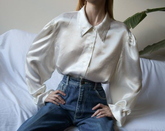 Poet blouse