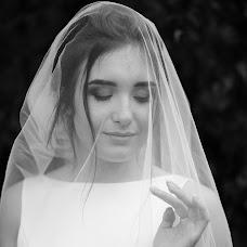 Wedding photographer Roman Gorelov (hellsmile). Photo of 26.07.2018