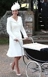 rs_634x1024-150706083148-634.Kate-Middleton-Charlotte-Christening.jl.070615.jpg