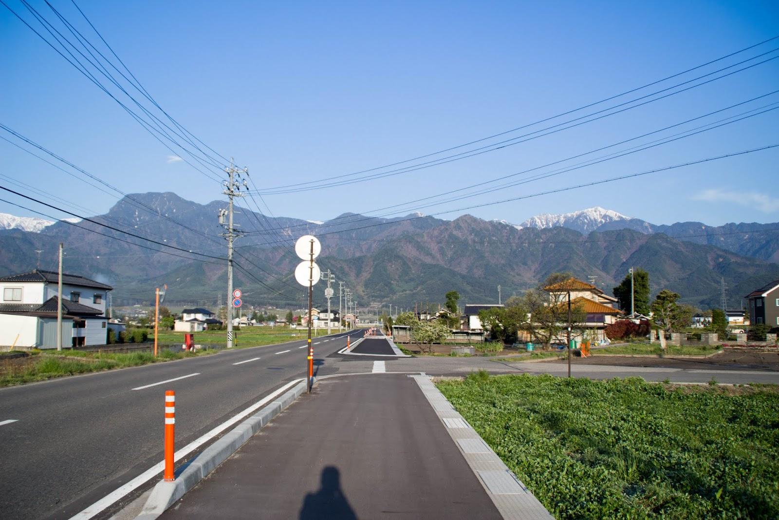 6:18 信濃松川を歩く