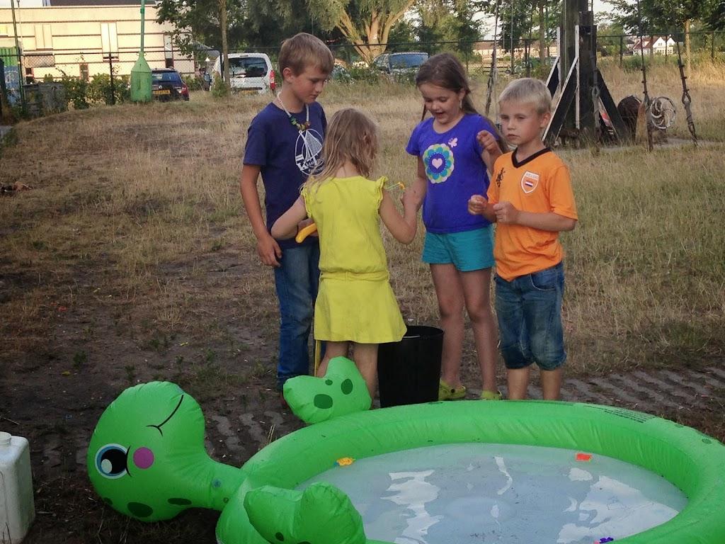 Bevers - Zomerkamp Waterproof - 2014-07-05%2B20.56.55.jpg
