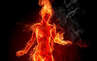 Resultado de imagem para mulher pegando fogo