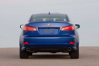 Lexus_IS_350_F_Sport_2011_02_1728x1152