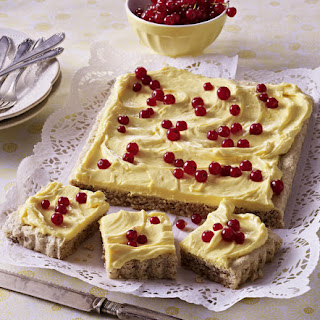 Almond Cake with Butter Cream Icing
