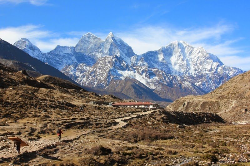 Road to Everest