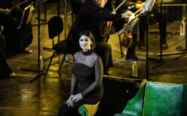 Μόνικα Μπελούτσι: «Μάγεψε» ως Μαρία Κάλλας στο Ηρώδειο