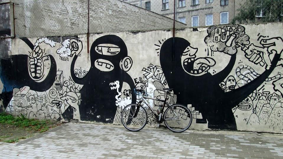 Małpy na Pogonowskiego.