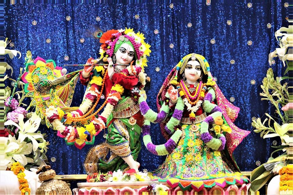 ISKCON Punjabi Bagh Deity Darshan 10 Jan 2017 (1)