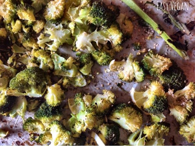 Chips di broccolo al limone e pepe verde