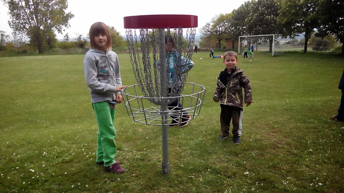 Kinderdorf Pöttsching Disc Golf Korb