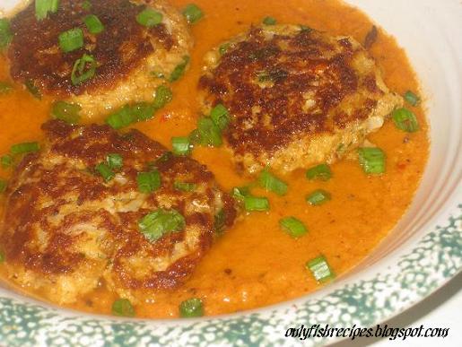 fish patties in gravy