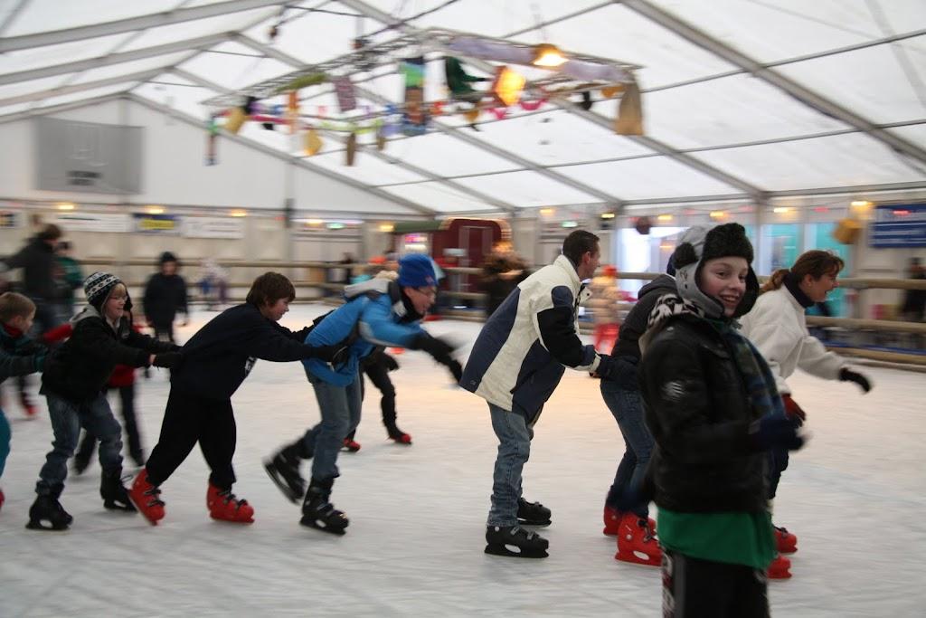 Sinterklaas bij de schaatsbaan - IMG_0353.JPG