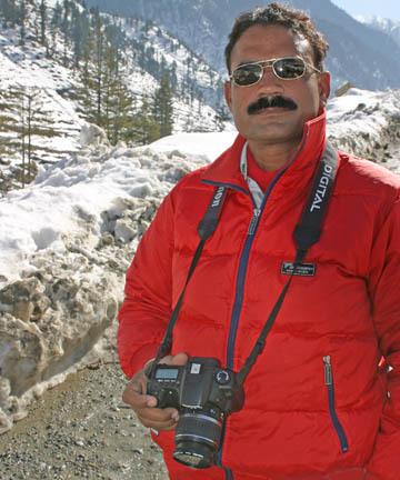 Razaq Vance DestinationPak Profile
