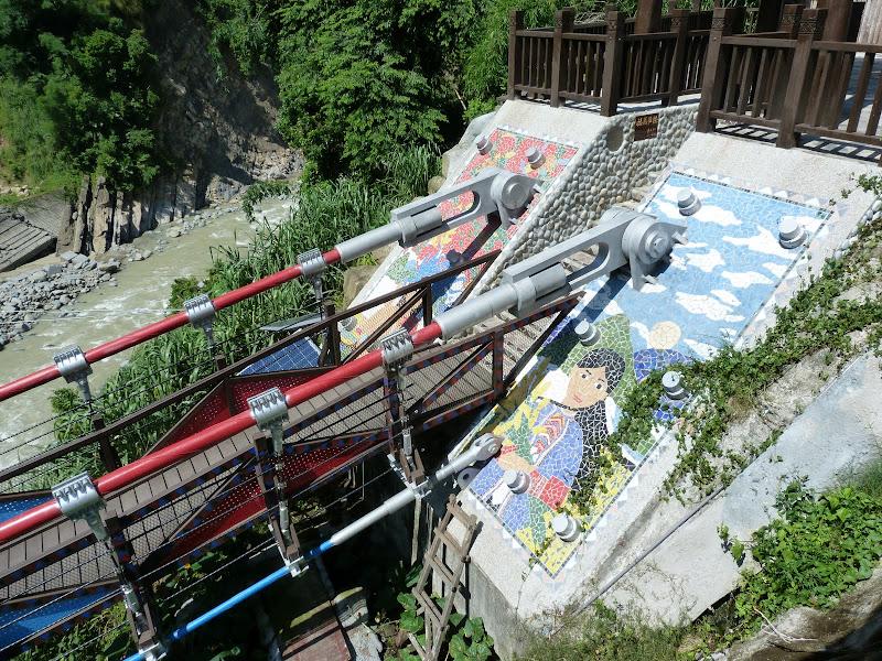 Shanmei, en scooter. J 16 - P1180768.JPG