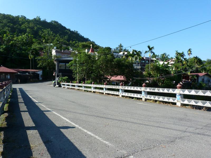 Tainan County.De Dona village à Meinong via Sandimen en scooter.J 12 - P1220378.JPG