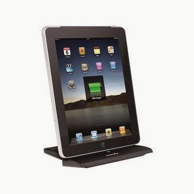 IPAD(R)/IPHONE(R)/IPOD(R) CHARGING DOCK (Catalog Category: PERSONAL AUDIO / ACCESSORIZE YOUR APPLE)