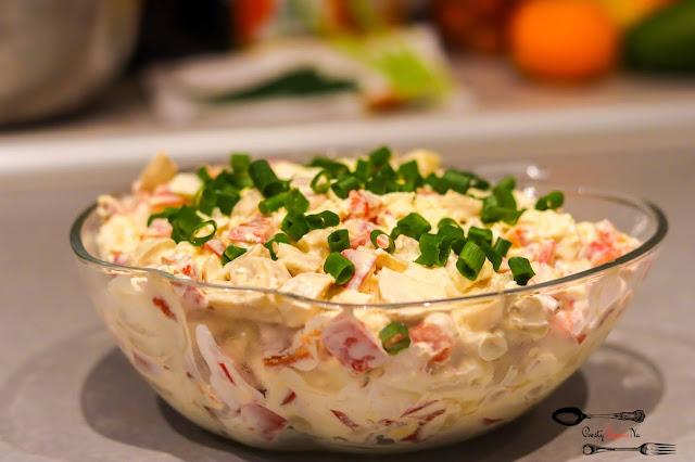sałatki,sałatka z fetą,sałatka z pieczarkami marynowanymi,sałatka z papryką marynowaną,sałatka z jajkiem, sałatka na święta, Wielkanoc