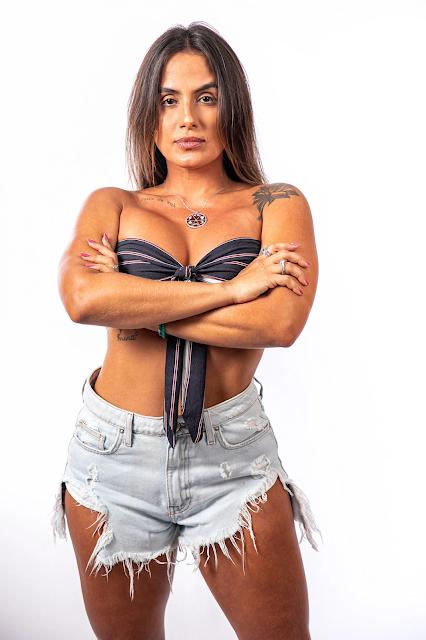Carol Peixinho mostra corpão em nova foto nas redes sociais