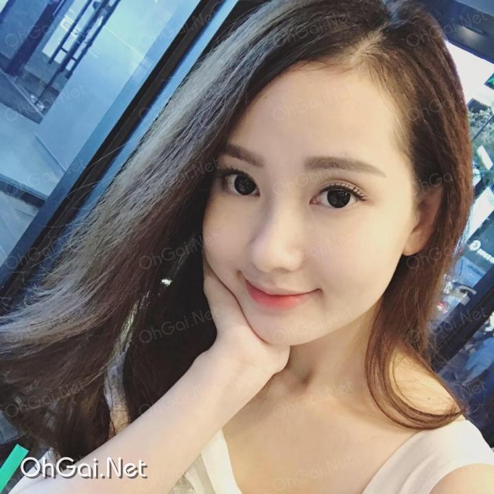 facebook gai xinh le nguyen hong nhung - ohgai.net