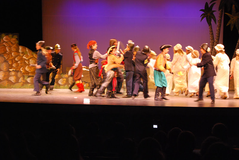 2012PiratesofPenzance - DSC_5950.JPG