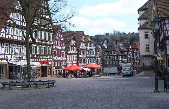 el pueblo de Calw en la Selva Negra Alemania