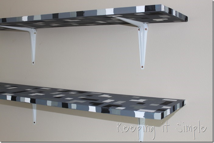 Easy-DIY-Minecraft-Shelves (8)