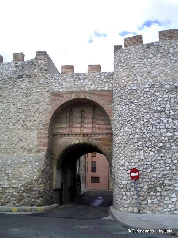 Arco de la Villa o Puerta de San Juan, Olmedo