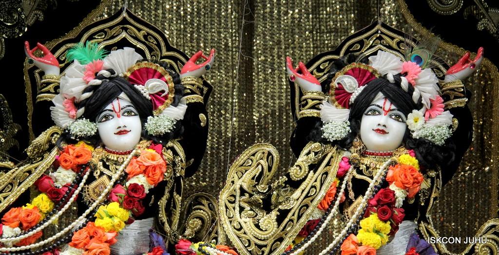 ISKCON Juhu Sringar Deity Darshan 7 Jan 2017  (40)