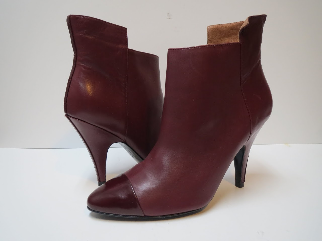 Sigerson Morrison Burgundy Ankle Boots