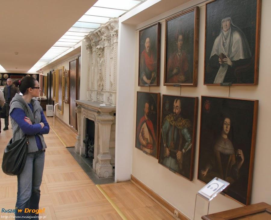 Warszawa Pałac w Wilanowie  - wystawa portretów
