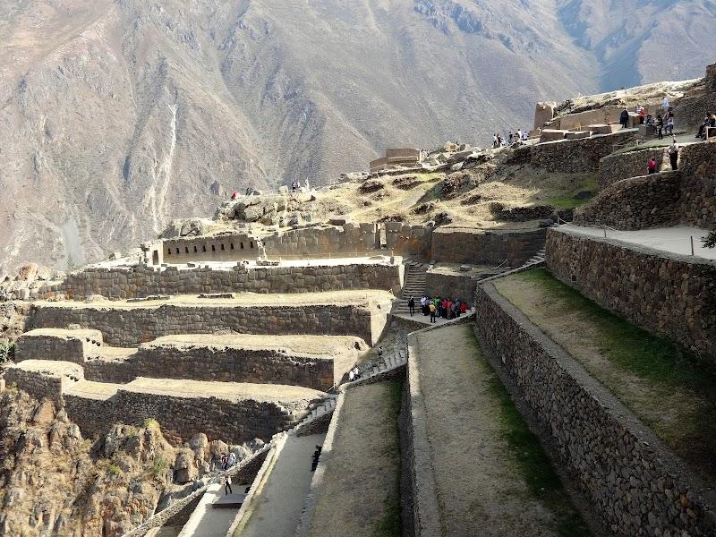 Inkaskie ruiny w Ollantaytambo.JPG