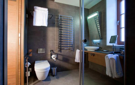 Hotel Vall de Núria.jpg