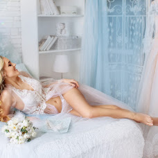 Wedding photographer Angelina Kosova (AngelinaKosova). Photo of 13.03.2018