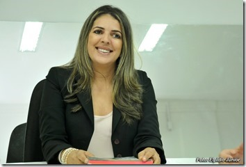Nina Souza