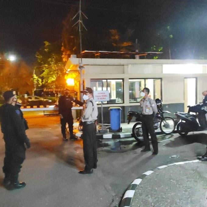 Ciptakan Rasa Aman, Tim Patmor Satuan Brimob Polda Kaltim Patroli Objek Vital Guna Mewujudkan Kamtibmas Yang Kondusif