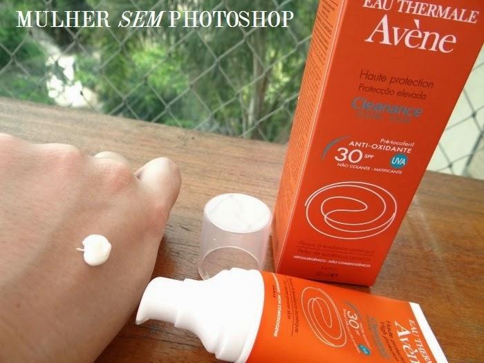 Resenha Avene Cleanance Solar para quem tem pele acneica