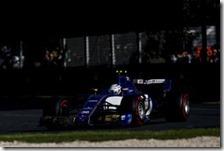 Antonio Giovinazzi con la Sauber