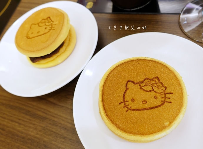 42 HELLO KITTY Shabu-Shabu 火鍋二號店 Hello Kitty  火鍋